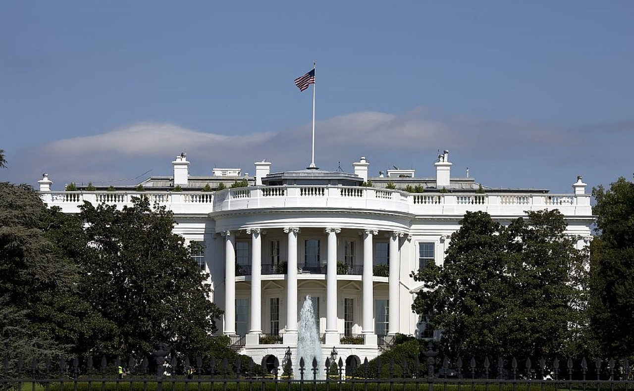 white-house-754766_1280